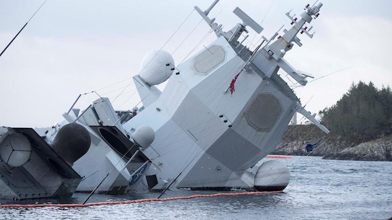 Den norska fregatten Helge Ingstad