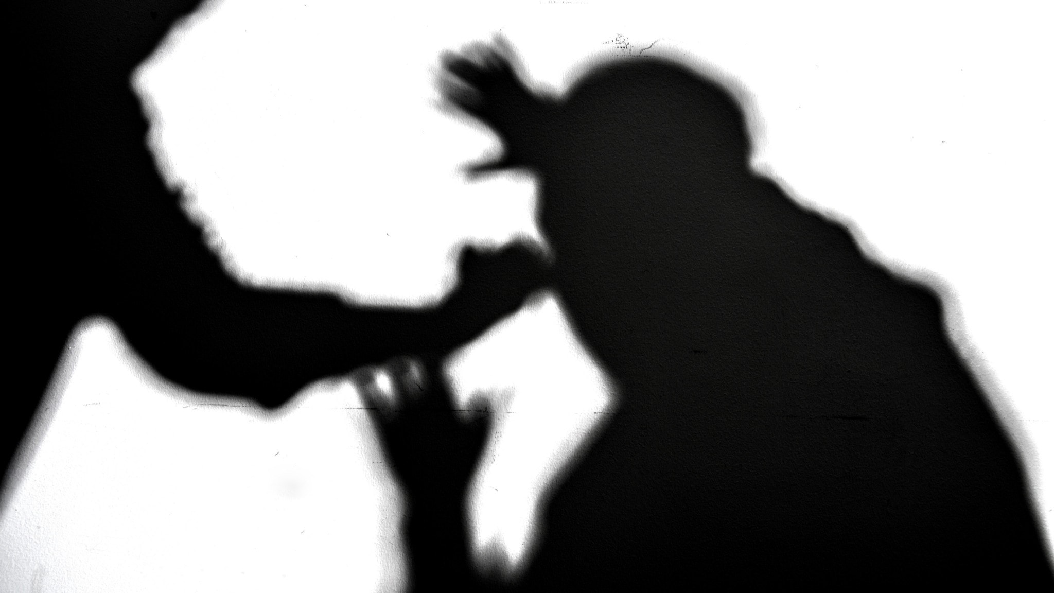 Mäns misshandel av män har minskat