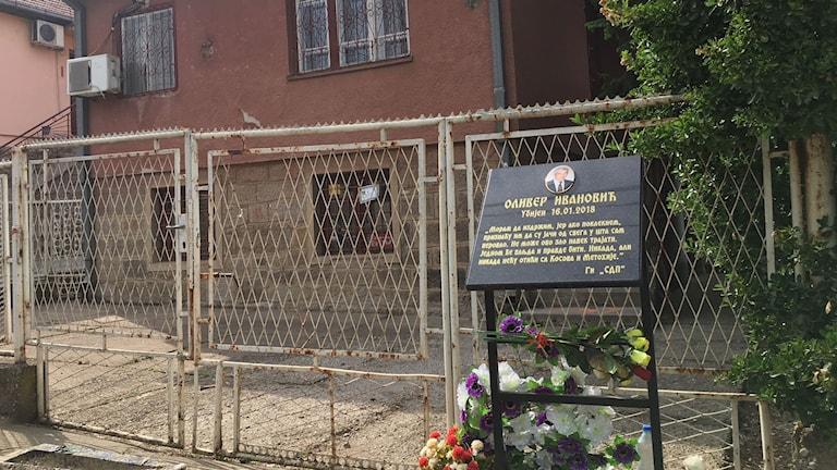 Den kosovoserbiska politikern Oliver Ivanovic sköts till döds utanför sitt partihögkvarter i norra Kosovo i januari i år.