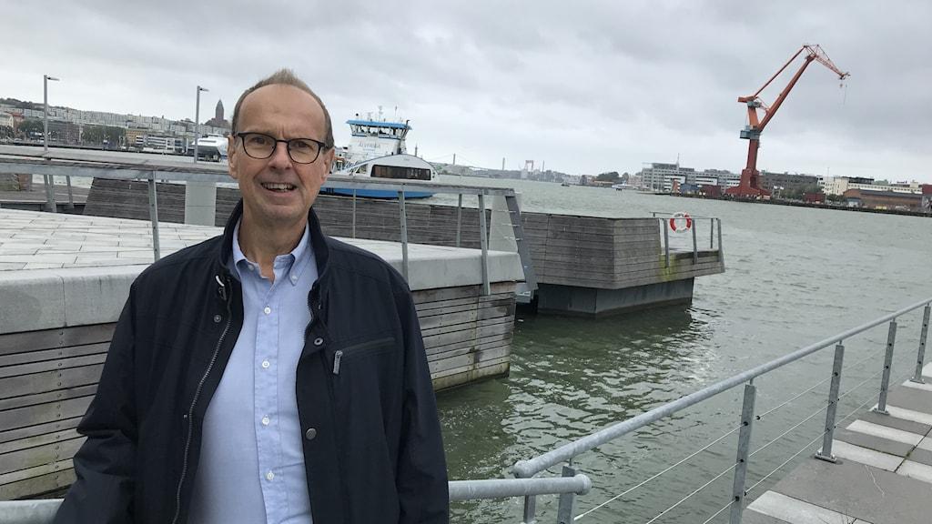 Dick Höglund, rederiet Terntank förbereder årets Donsödagar.