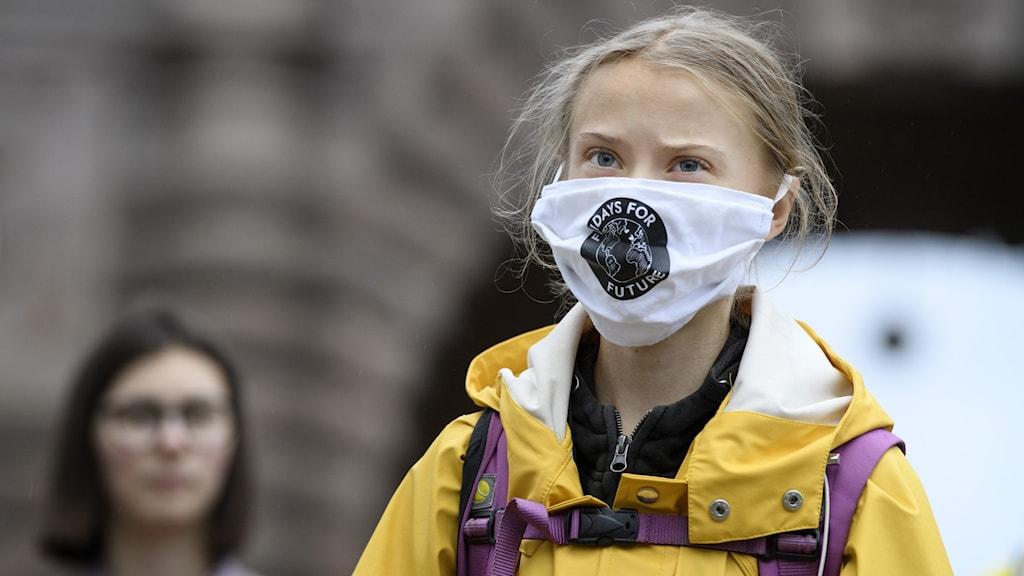 Miljöaktivisten Greta Thunberg deltar i en  manifestation med  Fridays for future på Mynttorget i Stockholm.