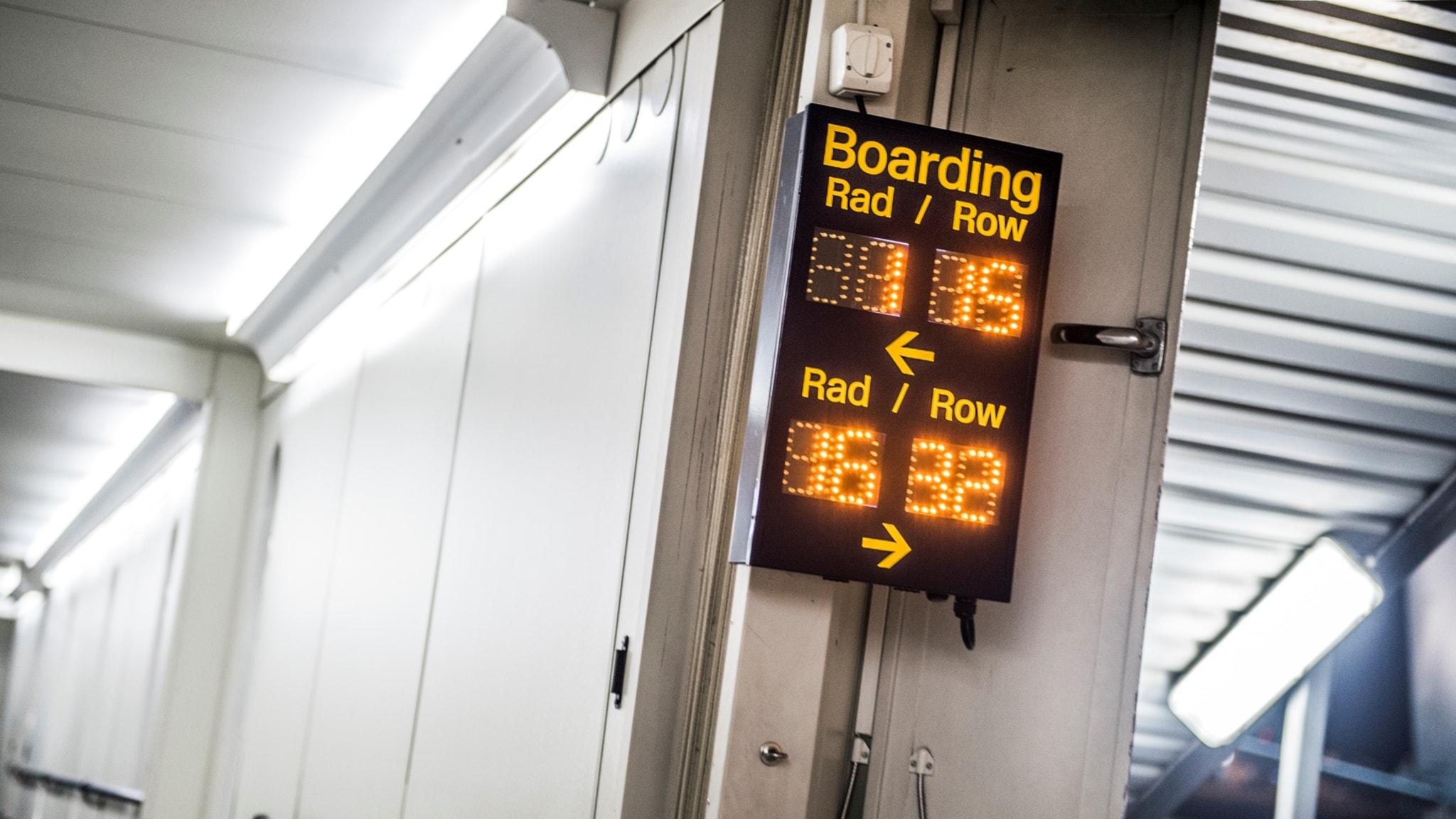 MP betalar mer för flyg i tjänsten - Nyheter (Ekot)