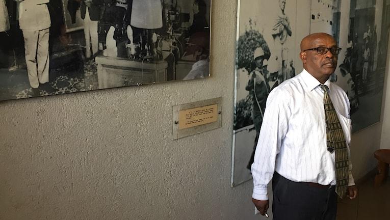 Eshetu Deveri, guide på museet Red terror martyrs memorial museum i Addis Abeba