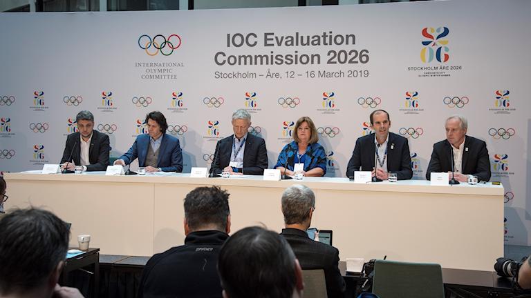 Presskonferens med representanter från IOK:s utvärderingskommission.