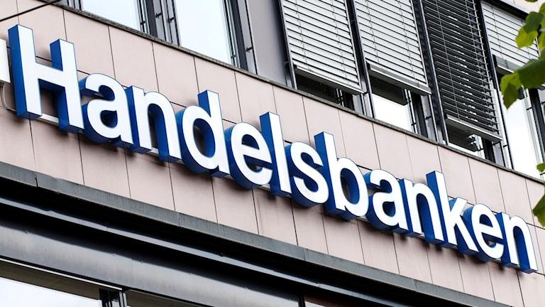 Handelsbankens skylt på en av deras kontor.