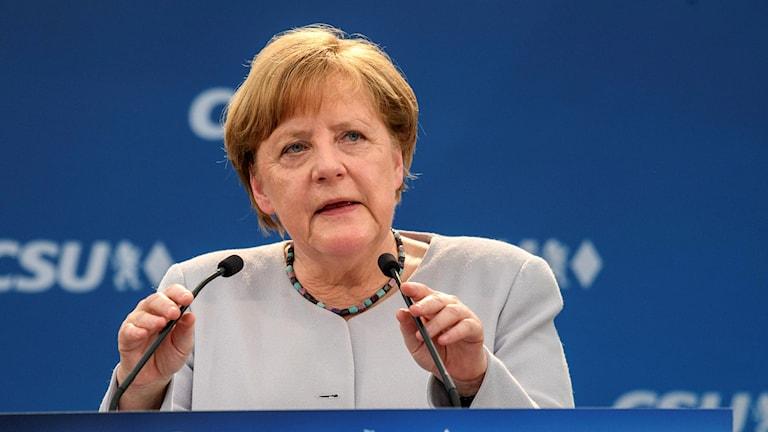 Tysklands förbundskansler Angela Merkel håller tal.
