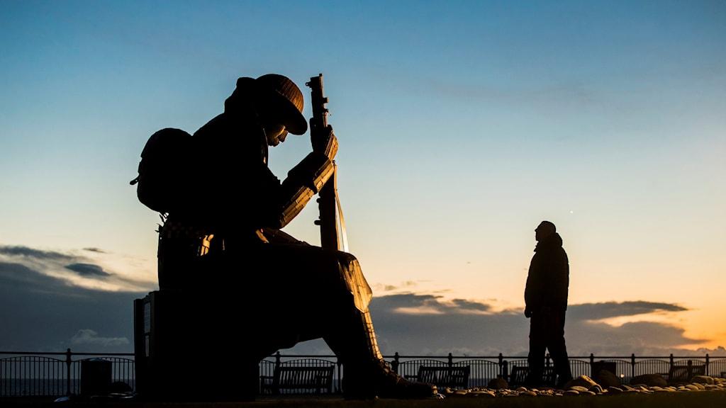 Den andra söndagen i november varje år högtidlighåller Storbritannien minnet av soldater som deltog i världskrigen och efterföljande konflikter. Arkivbild.