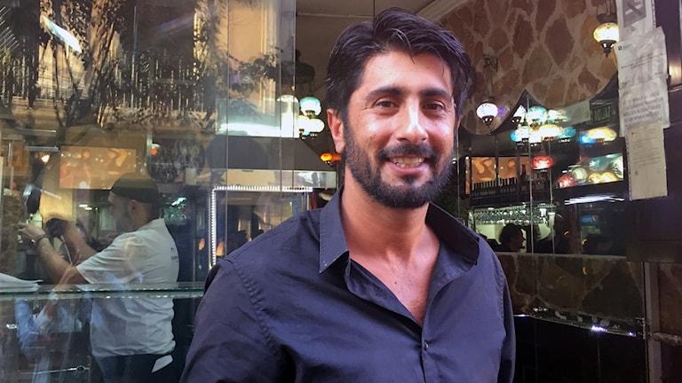 Nourullah Essakhel kom till Barcelona från Afghanistan och flyttar nog till en annan stad om Katalonien blir självständigt