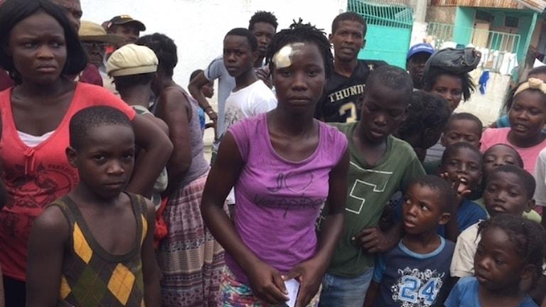 Andrenise Piérre miste sitt hem när orkanen Matthew drog fram över Haiti.