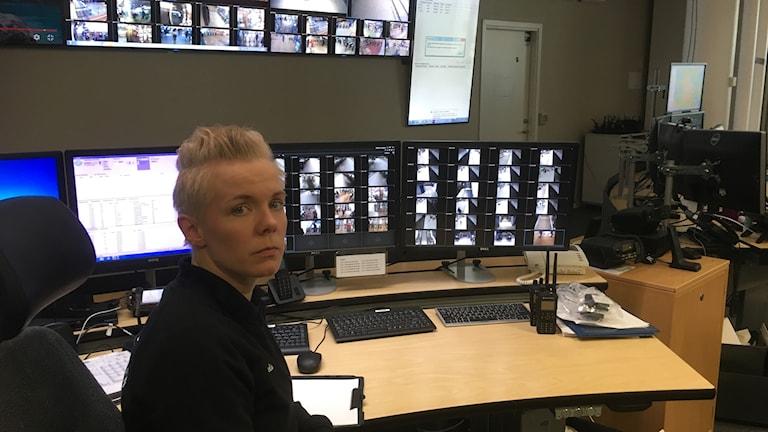 Amelie Pettersson är operatör på SL:s trygghetscentral, och en av de som nu utbildats av polisen om hur man ska agera vid ett terrordåd.