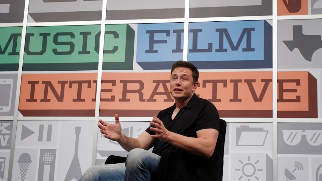 Elon Musk intervjuades på teknik-festivalen SXSW.