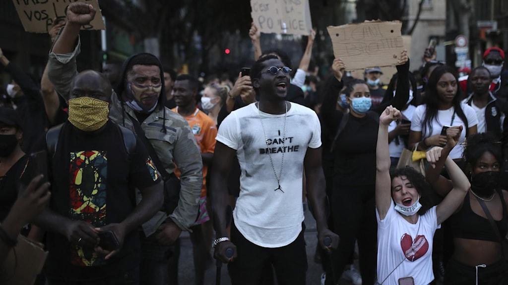 Demonstrationer i Marseille under tisdagskvällen.