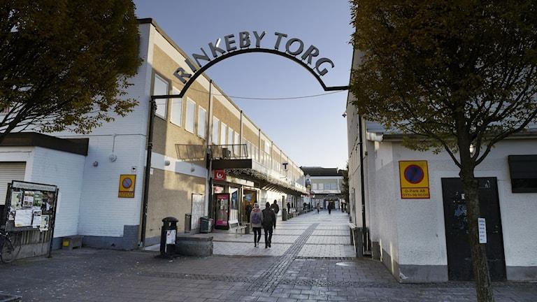 Bild på Rinkeby torg.