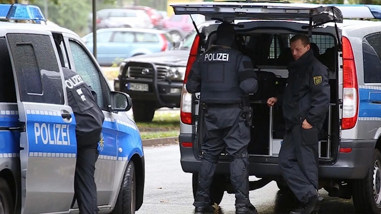 Polisen genomförde en stor insats i Chemnitz efter ett bombhot.