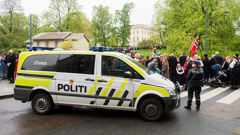 Polisen i Norge har ökat beredskapen under 17 maj-firandet i år.