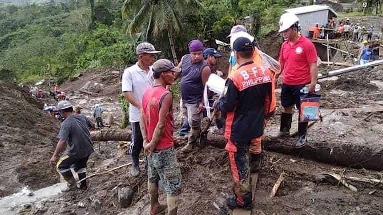 Räddningsarbetet i Filippinerna