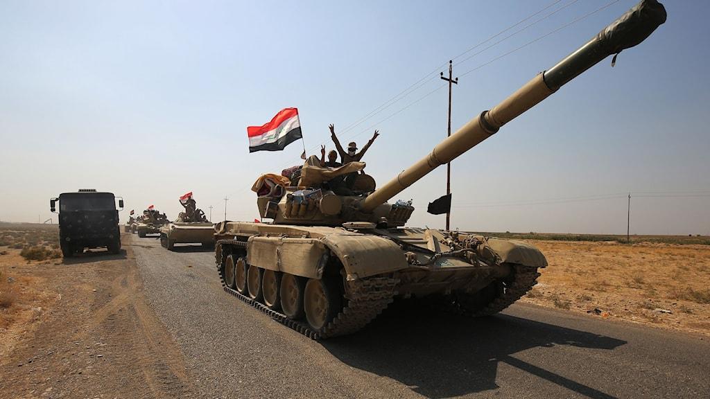 Irakiska styrkor på väg mot Kirkuk.
