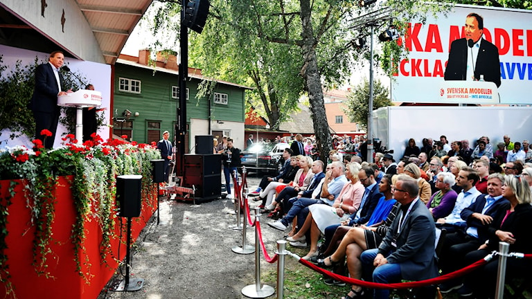 Fullt av åhörare när statsminister Stefan Löfven sommartalade.