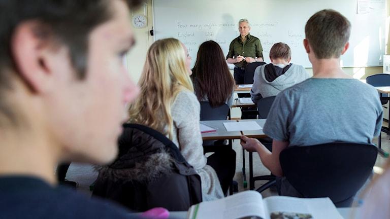 Lärare, klassrum, gymnasiet