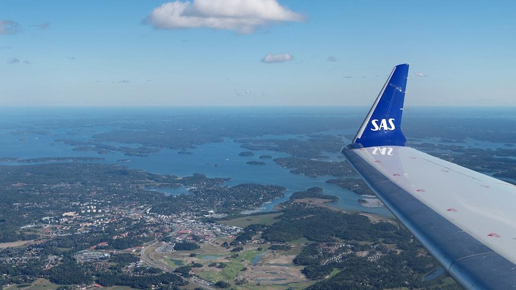 Vingen på ett flygplan från SAS