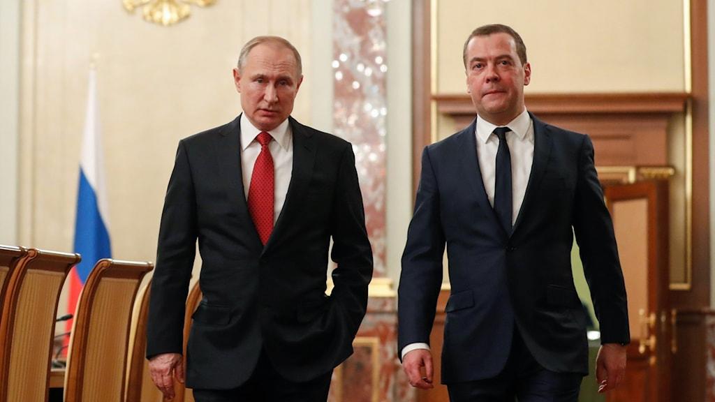 Rysslands president Vladimir Putin och landets premiärminister Dmitrij Medvedev.