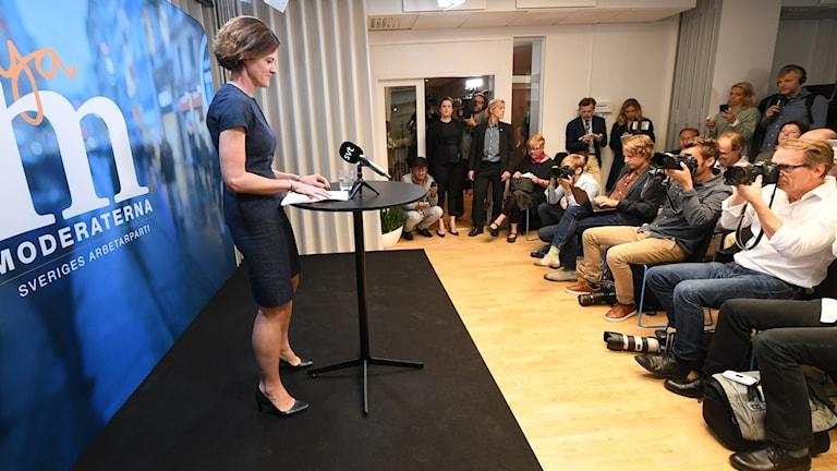Anna Kinberg Batra på pressträffen i dag. Foto: Fredrik Sandberg/TT.