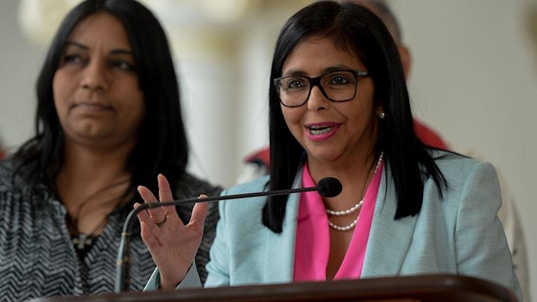 Delcy Rodriguez är ordförande för den kontroversiella författningsförsamlingen som president Nicolás Maduro instiftade tidigare i år