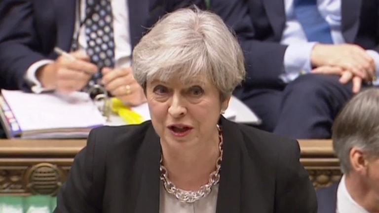 Theresa May i brittiska parlamentet.