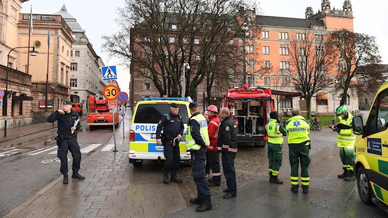 Polis och räddningstjänst.