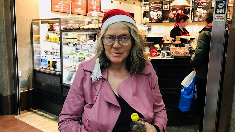 """""""En lyckad jul skulle vara en jul där alla tar det väldigt lugnt och tar hand om varandra, och inte jagar efter julklappar i sista sekunden"""", säger Kristna Schöning."""