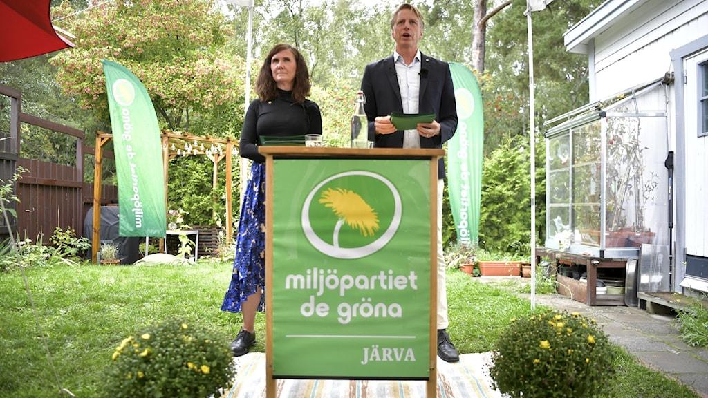 Per Bolund och Märta Stenevi