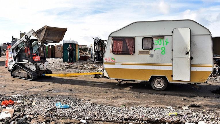 Rivning av flyktinglägret i Calais.