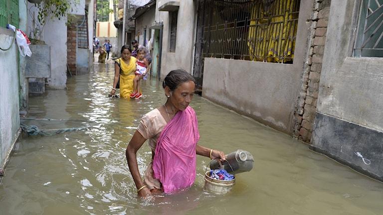 Nepal, översvämning