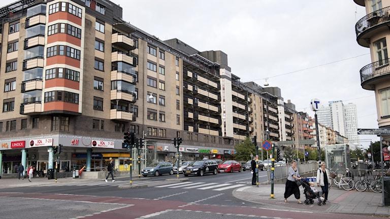 Korsningen Ringvägen och Götgatan vid Skanstull.