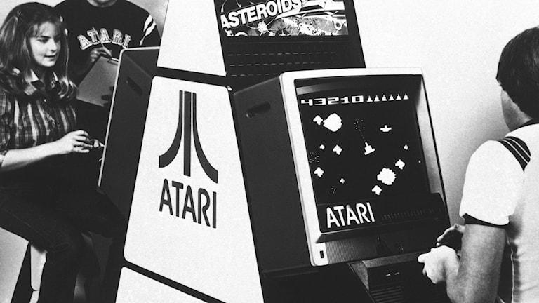 Personer som deltar i Ataris internationella Asteroids-turneringen 1981.