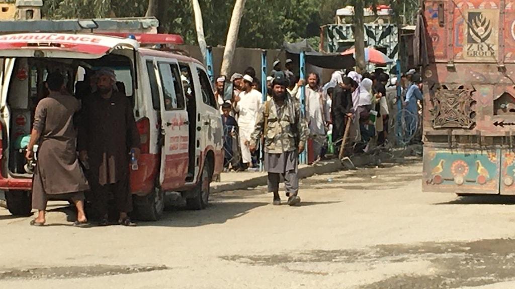 Talibaner vaktar gränsen mellan Afghanistan och Pakistan.