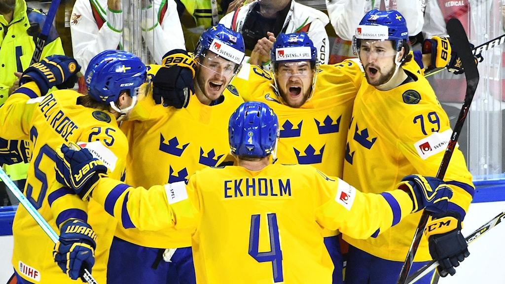 Tre Kronor-jubel mot Lettland i VM-kvarten.