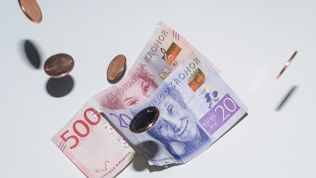 Det totala nysparandet i fonder uppgick till 4,2 miljarder kronor i april, enligt siffror från Fondbolagens förening.