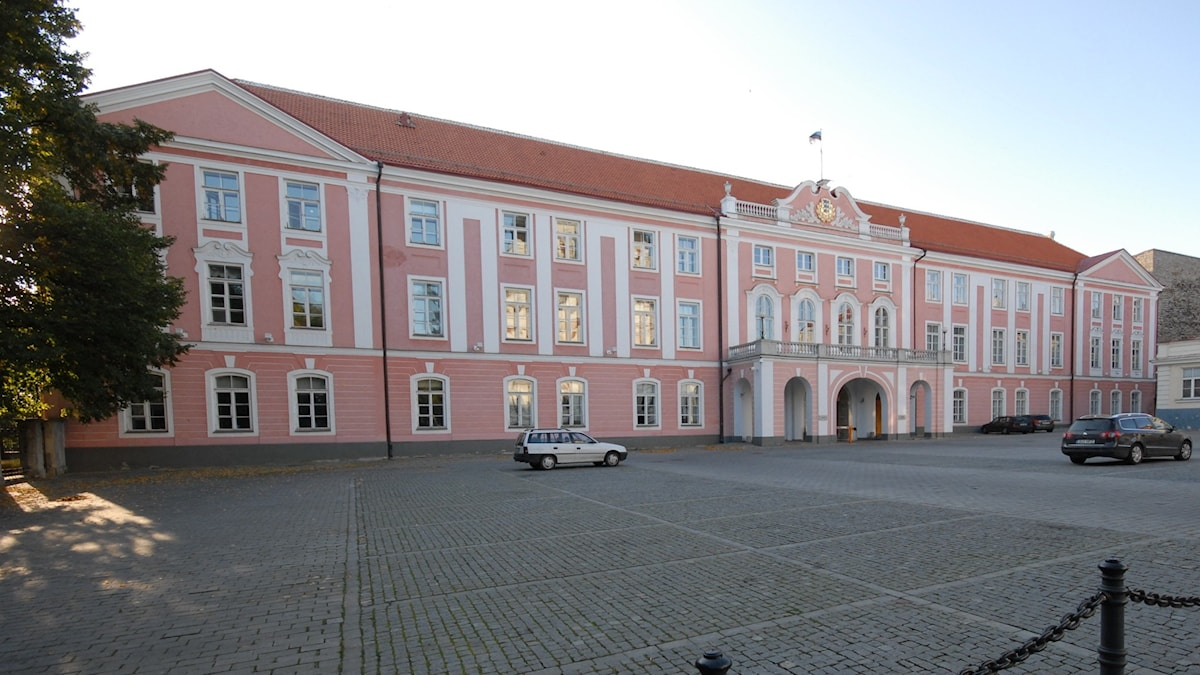 Estlands parlamentsbyggnad i Tallinn.