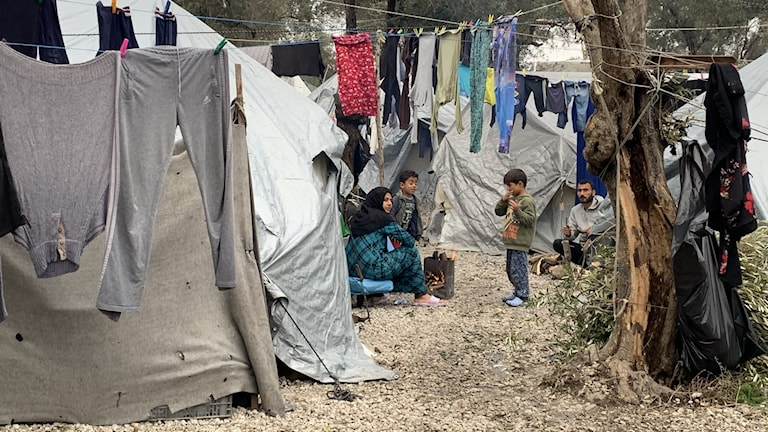Över 20 000 lever nu kring Moria-lägret, som är tänkt för färre än 3 000.