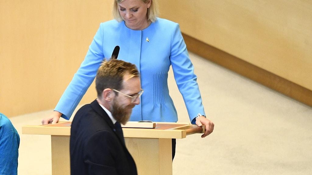 Kristdemokraternas ekonomiskpolitiske talesperson Jakob Forssmed och finansminister Magdalena Andersson (S)