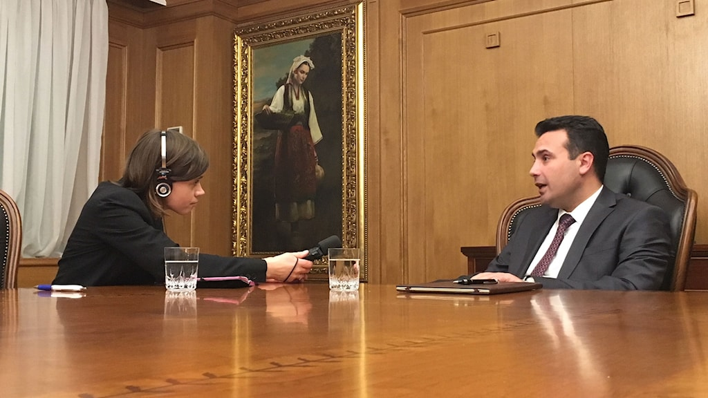 Makedoniens premiärminister Zoran Zaev säger att han hoppas på en lösning redan i sommar.