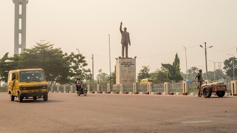 Staty av landets första premiärminister Patrice Emery Lumumba i Kinshasa.