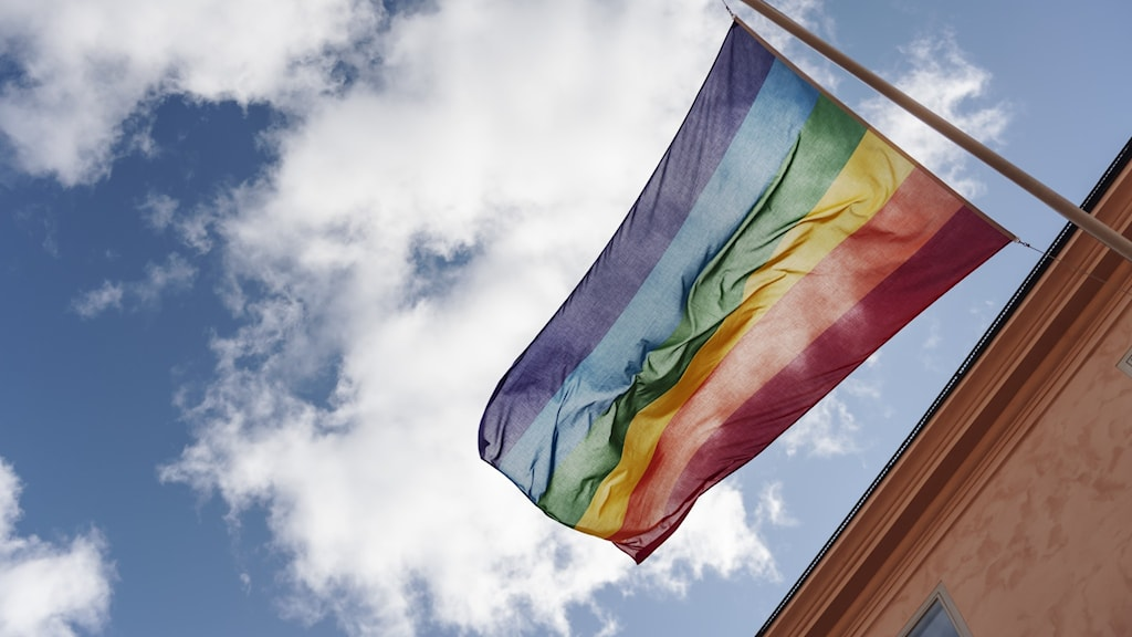 prideflagga utomhus