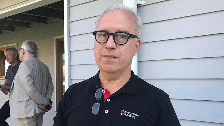 Per Bill, landshövding för Gävleborgs län, under en presskonferens i Färila.