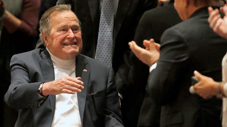 George Bush den äldre död - Nyheter (Ekot)  45426be7b5e3f
