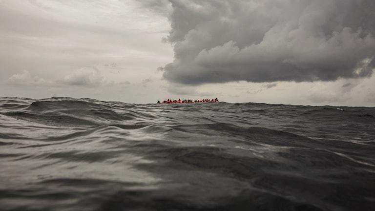 Många migranter befaras döda i Atlanten
