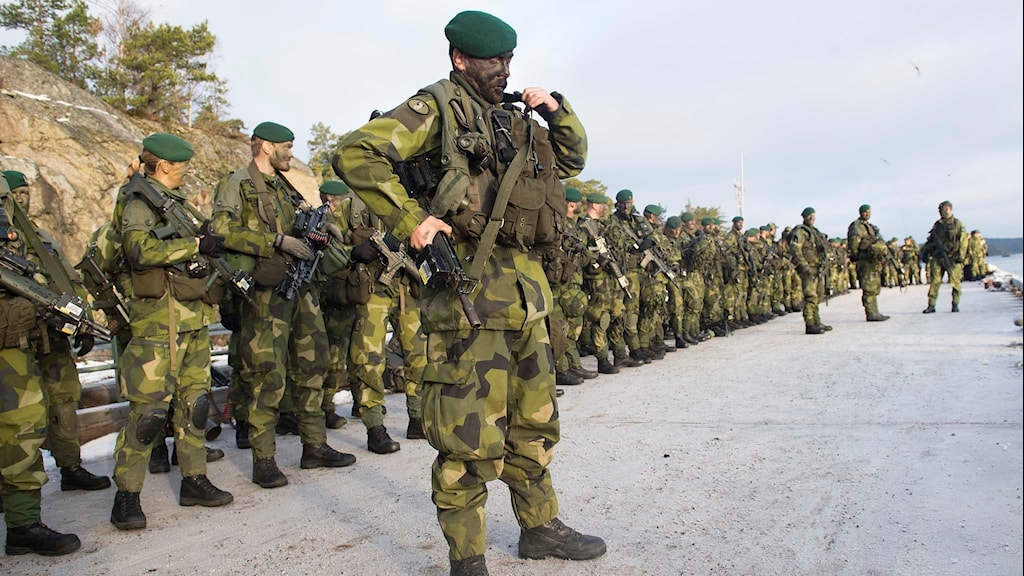 Svenska soldater.