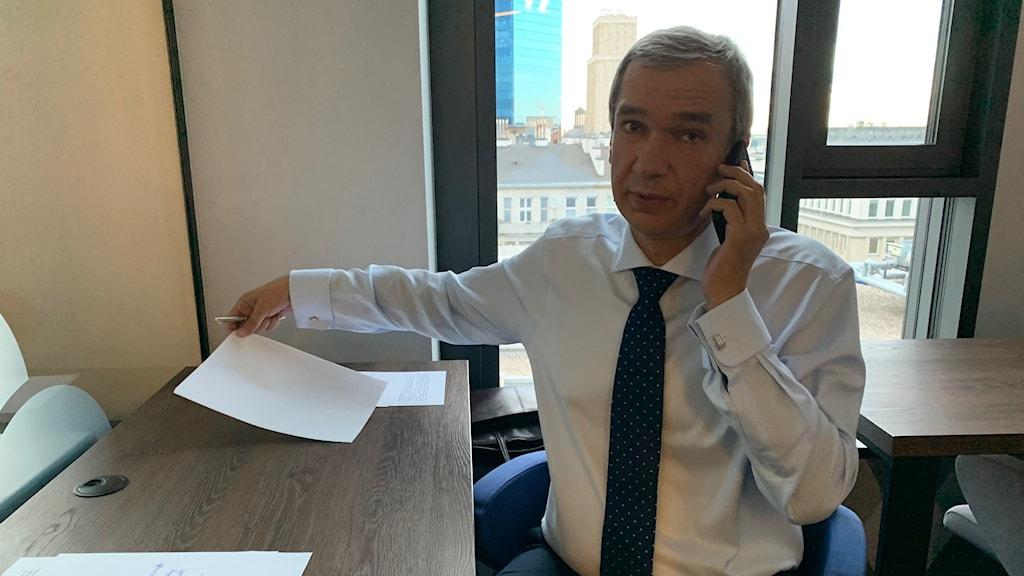 Pavel Latusjko, Belarus tidigare kulturminister och mångårig ambassadör.