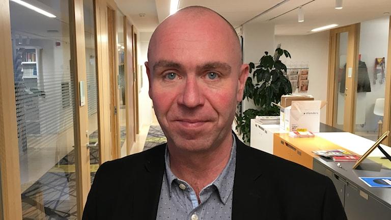 Elektrikerbasen Jonas Wallin är också ordförande för 6F. Foto: Anders Jelmin/Sveriges Radio